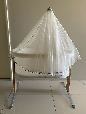 Baby Bjorn cradle bassinet newborn with canopy with sheets
