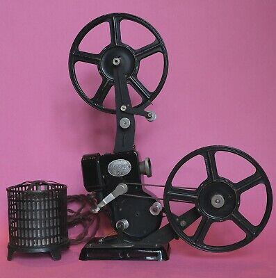 Movie film projector 9.5mm Pathé Kid with transformer