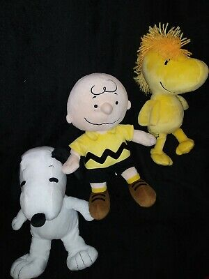 2 KOHL'S CARES Charlie Brown and Snoopy plush