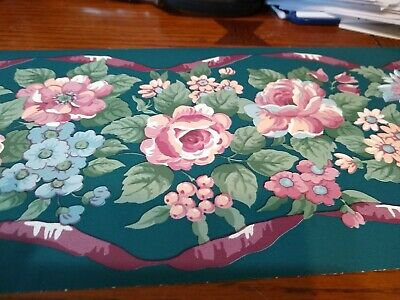 FLORAL RED ROSES WITH RIBBON STREAMERS WALLPAPER BORDER  HPB88012
