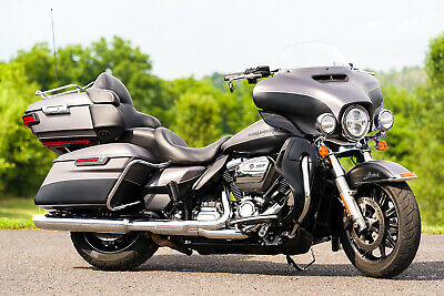 2017 Harley-Davidson Touring  2017 Harley-Davidson Ultra Classic Limited Low FLHTKL Only 10,084 Miles! 2-Tone