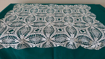 Antique Crochet Floral Lace pattern Handmade table runner