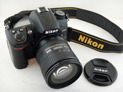 Nikon D7000 + 16-85mm f3.5-5.6 G ED DX VR Only Solo 5647 Shots Scatti Excellent