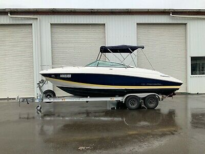 2010 Regal 2250 Fastrac Cuddy Cabin Sports Cruiser