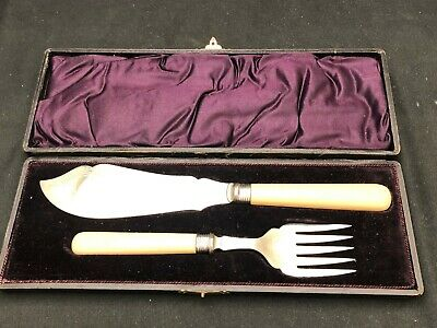Boxed Set of Fish Knife & Fork Silver Plate Serving Set Mint Condition