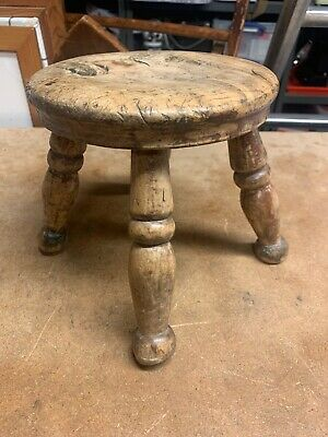 Antique  Small Victorian Elm Farmhouse Kitchen Stool / Milking Stool