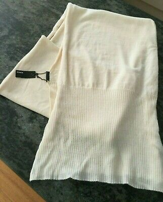 Pure Wool MIMCO cream scarf  brand new w/tags but has a minor whole in ribbing