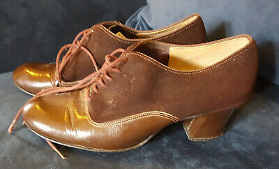 Genuine Vintage 1960s Brown Oxford Faux Suede and Leatherette Mod Shoes Size 6