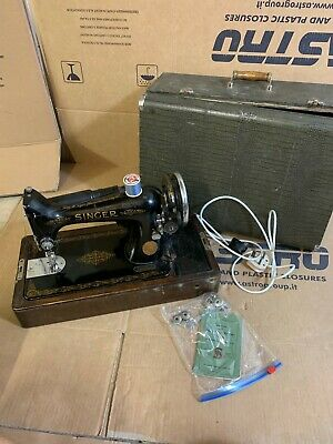 SINGER SEWING MACHINE 99K 1950s With Case A1
