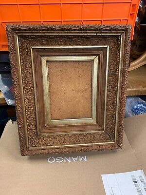 Late 19th/early 20th century giltwood and gesso picture frame