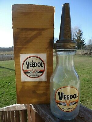 Old Vintage Veedol Motor Oil Bottle Quart Glass Jar And Spout With Original Box