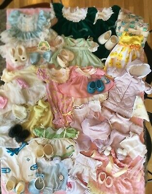 HUGE LOT! VINTAGE Cabbage Patch COLECO Authentic Tagged Clothes, Shoes SOME RARE