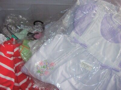 Job lot of 5 items of brand new baby clothing various sizes and brands new