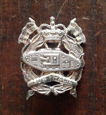 1953-60 Royal Australian Armoured Corps Hat Badge