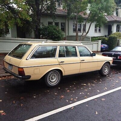 Mercedes W123 1982 280Te Station Wagon Rare Car Six Cylinder Auto 7 Seater