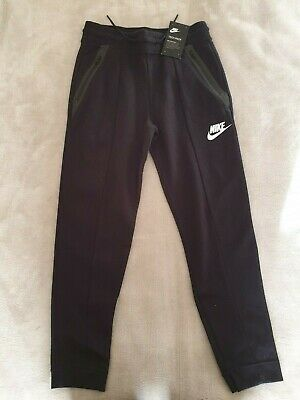 Nike  Girls Tech Pack Black Joggers, Size: 12-13yrs (146-156cm)