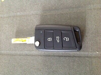 Skoda  3 BUTTON REMOTE  flip CAR KEY FOB
