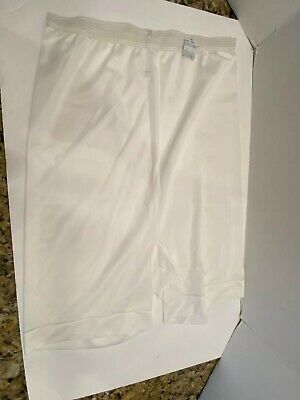Vintage Vanity Fair Nylon Pechglo Tricot Pettipants Bloomers Sz 8 USA With Tags!