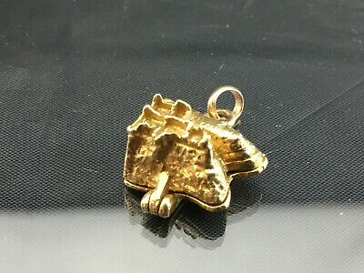 9ct GOLD CHARM - ISLAND - 4.12 gram  - Good collectable
