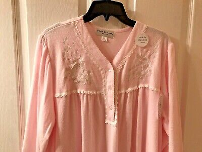 NWT MISS ELAINE 2X PLUS Long Pink Nightgown Cuddleknit SOFT and Warm Flowers Emb