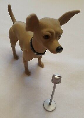Vintage Rare Taco Bell Dog - Sings Chances Are - Hard Plastic Figure