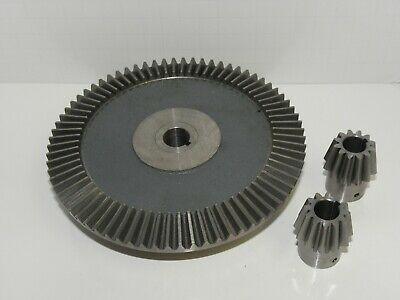 Boston Gear Bevel gear PA6612Y-G with two pinions PA6612Y-P