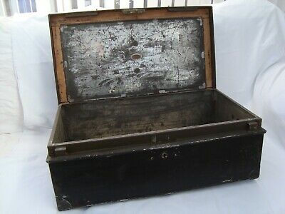 World War 2 Army Issue Metal Chest
