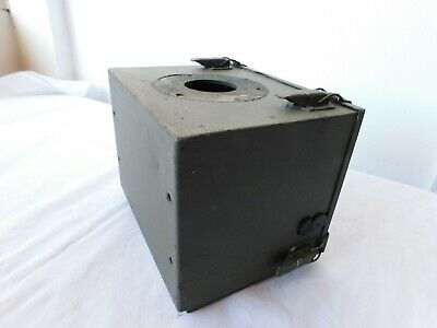 Spacer and Antenna Base. Clansman Wing box Land Rover With TUAAM