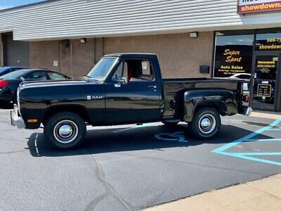 1984 Dodge Other Pickups -- 1984 Dodge D100  Black  318 V8 Automatic - Financing Available