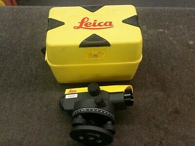LEICA NA332 Automatic Level With Case Magnification 32X 840383