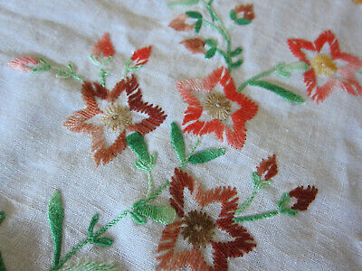 VINTAGE RECTANGULAR HAND EMBROIDERED FLORAL COTTON MEXICAN TABLECLOTH - 48 x 62