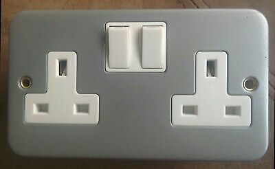 Metal Clad Twin Double Plug Socket 2 Gang 2G 13 Amp Outlet & Back Box - CL036