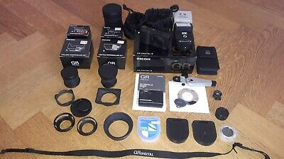 RICOH GR Digital II 10.1 Mp with all accessories