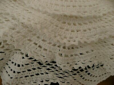 LARGE Vintage CROCHET Hand Made BLANKET White COTTON Scalloped Bed Spread Throw