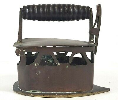 Antique Coal Cast Iron Sad Press Iron B315