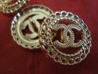 CHANEL 1 BUTTON GOLD TONE 20mm ,  metal with  cc logo 1