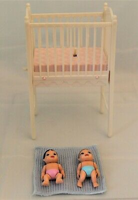 Mattel Barbie Bedtime Baby Krissy Doll Musical Crib with 2 babies