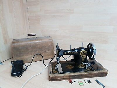 Antique Jones Family CS Sewing Machine - WORKING! with light and pedal - KEY