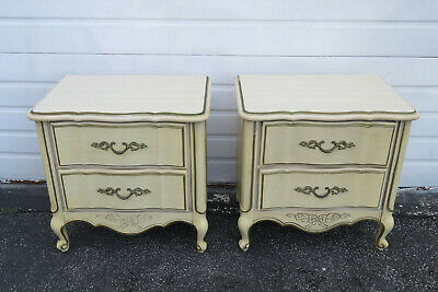 French Painted Pair of Nightstands Side Tables by American of Martinsville 1262