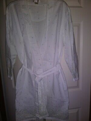 Gilligan O'Malley Robe/cover Up,  white w/ tiny blue Flowers Size L