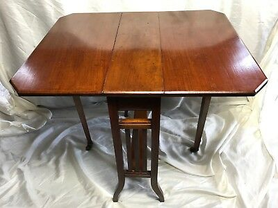 Fine Antique 19th Century Red Walnut Sutherland Extending Table