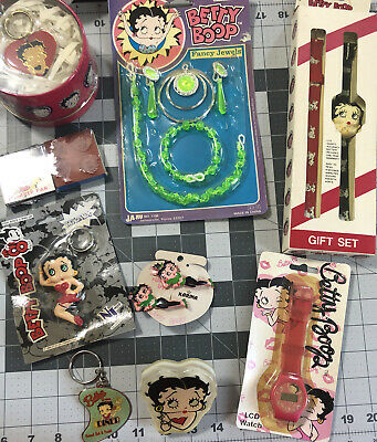 BETTY BOOP Lot 9 Collectibles/Watches, Key Rings, Barrettes, Night Light, Jewels