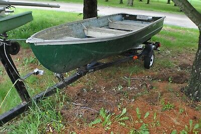 12 foot Aluminum Rowboat with trailer