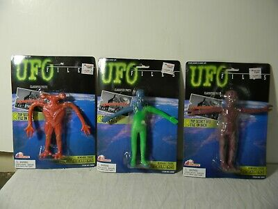 Vintage Ufo Files Glow In The Dark Alien Figures Set Of 3 Bendables Mint On Card