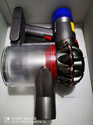 Dyson V8 Absolute cyclone animal vacuum cleaner hand held stick cordless baglesS