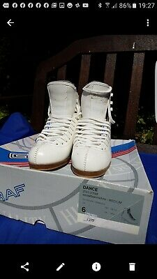 ice skating boots adult UK size 6 M