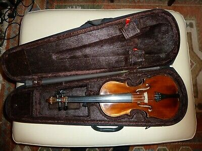 Used Antique 1/2 size Violin