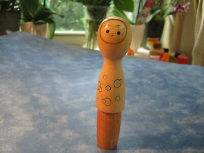 """JAPANESE WOODEN UNIQUE DESIGN KOKESHI DOLL  5"""" Tall SIGNED BY ARTIST"""