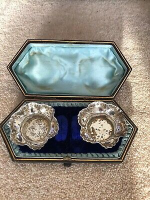 Pair Of Open Salts In Fitted Case Silver Plated