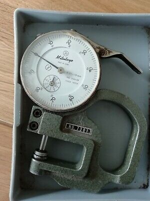 Mitutoyo thickness measuring gauge